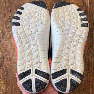 Nike Shoes - Nike Free Connect slip on